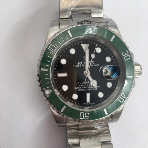 R Watch Sub Green RW010