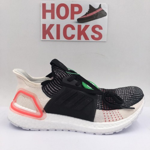 Ultra Boost 5.0 Core Black Active Red