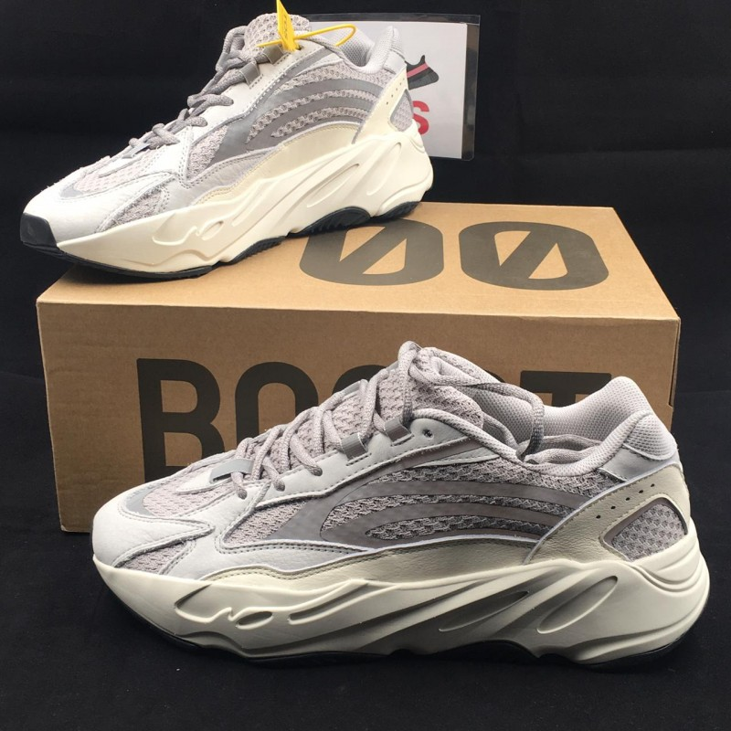 quality design 53fd4 ada9e Yeezy Boost 700 V2 Static [Real Boost] [Premium Materials]