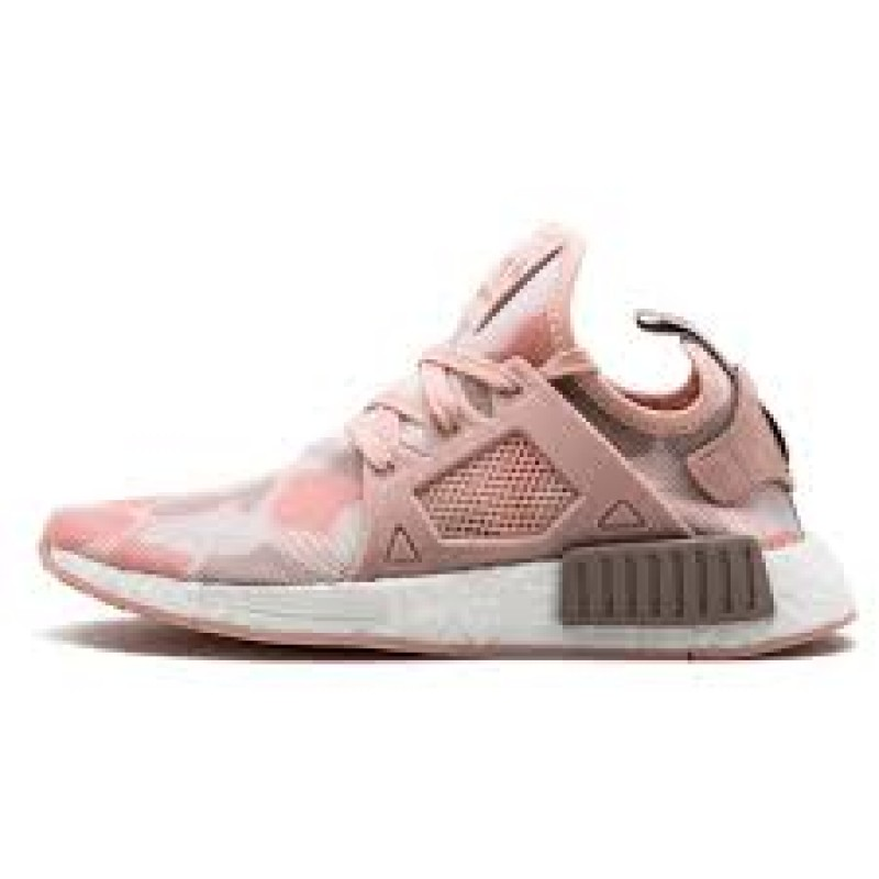 dcfa61dcfe173 NMD x R1 Pink Duck Camo For Woemns